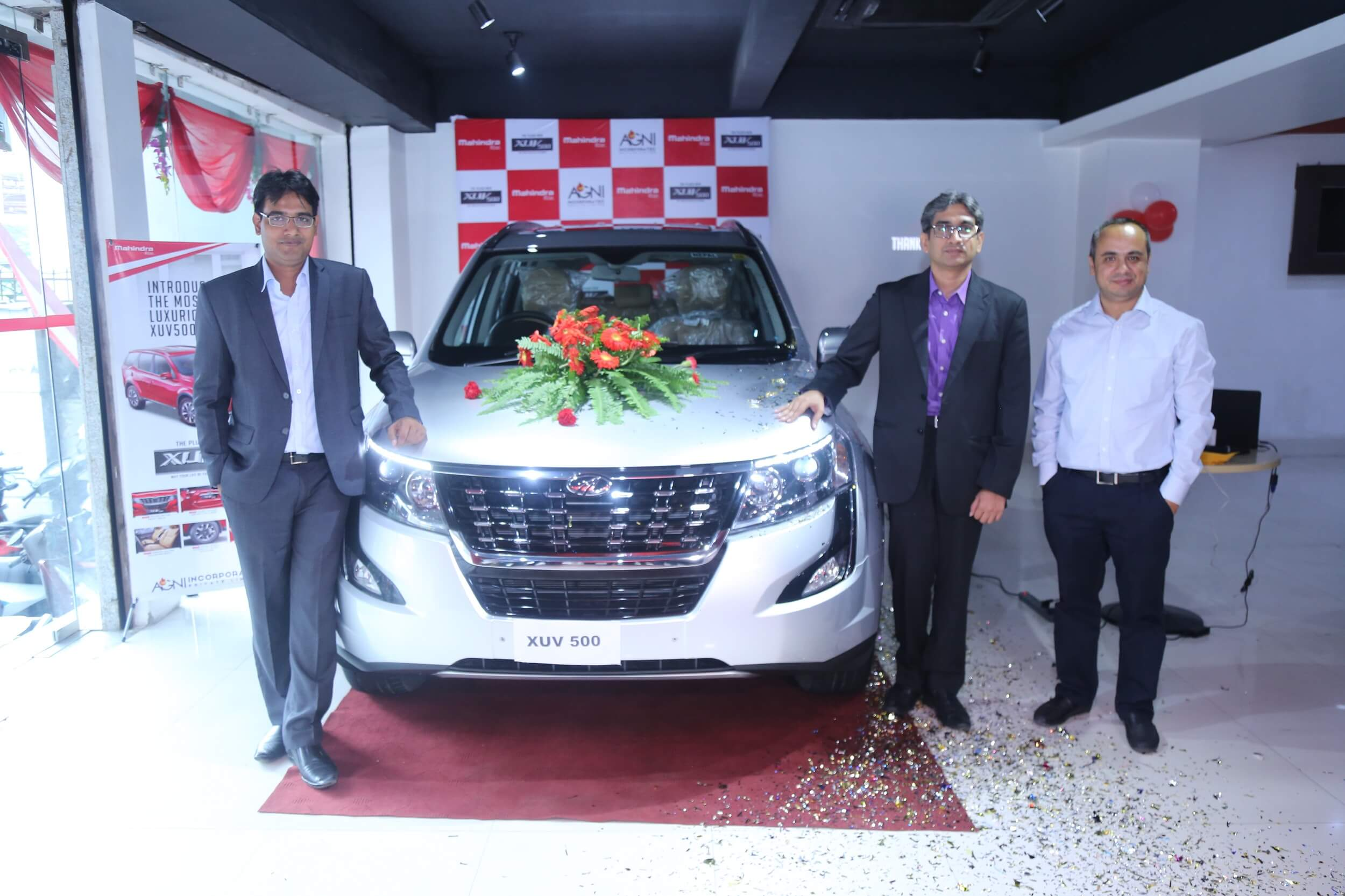 Mahindra launches Plush New XUV500 in Nepal