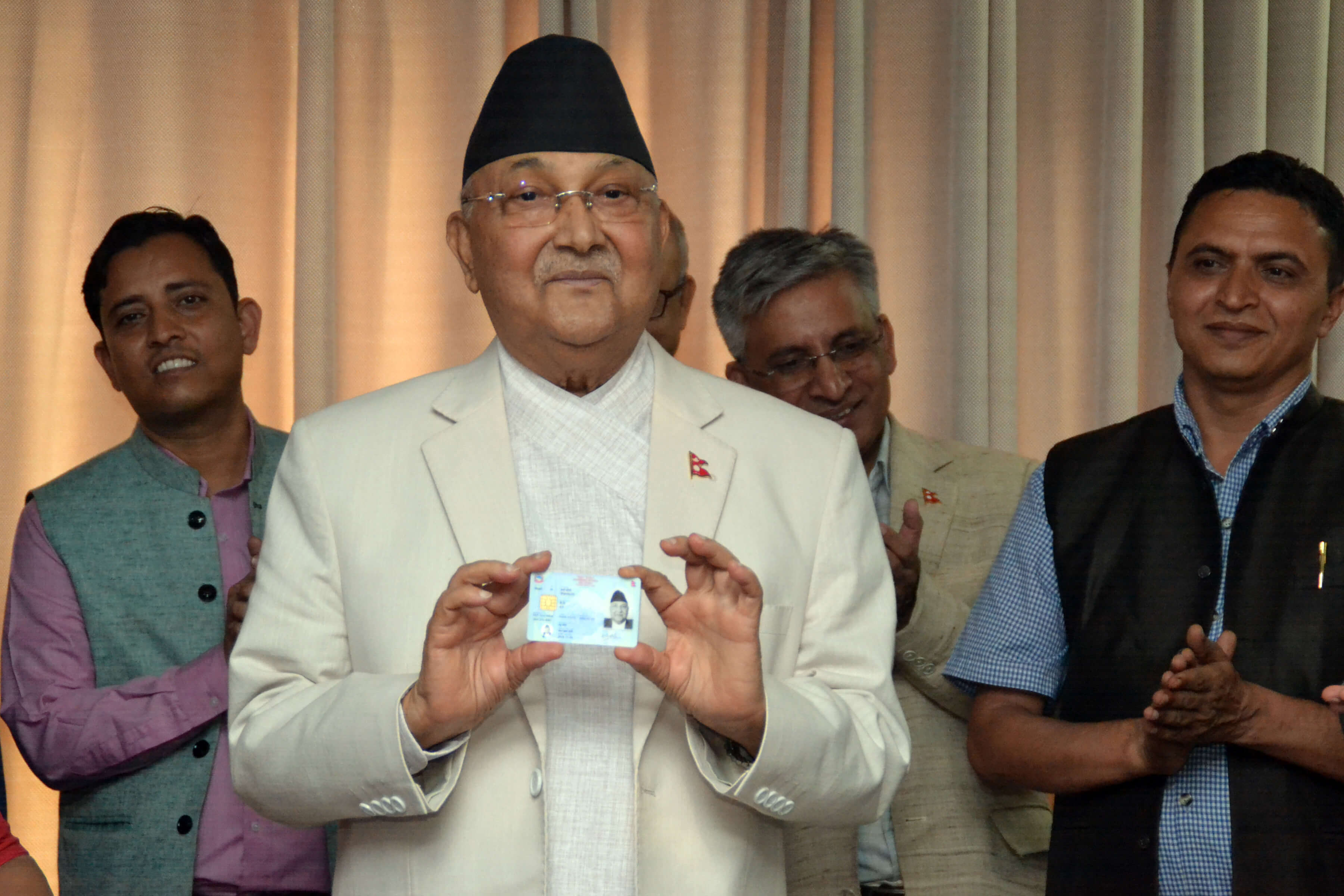 PM receives National ID card