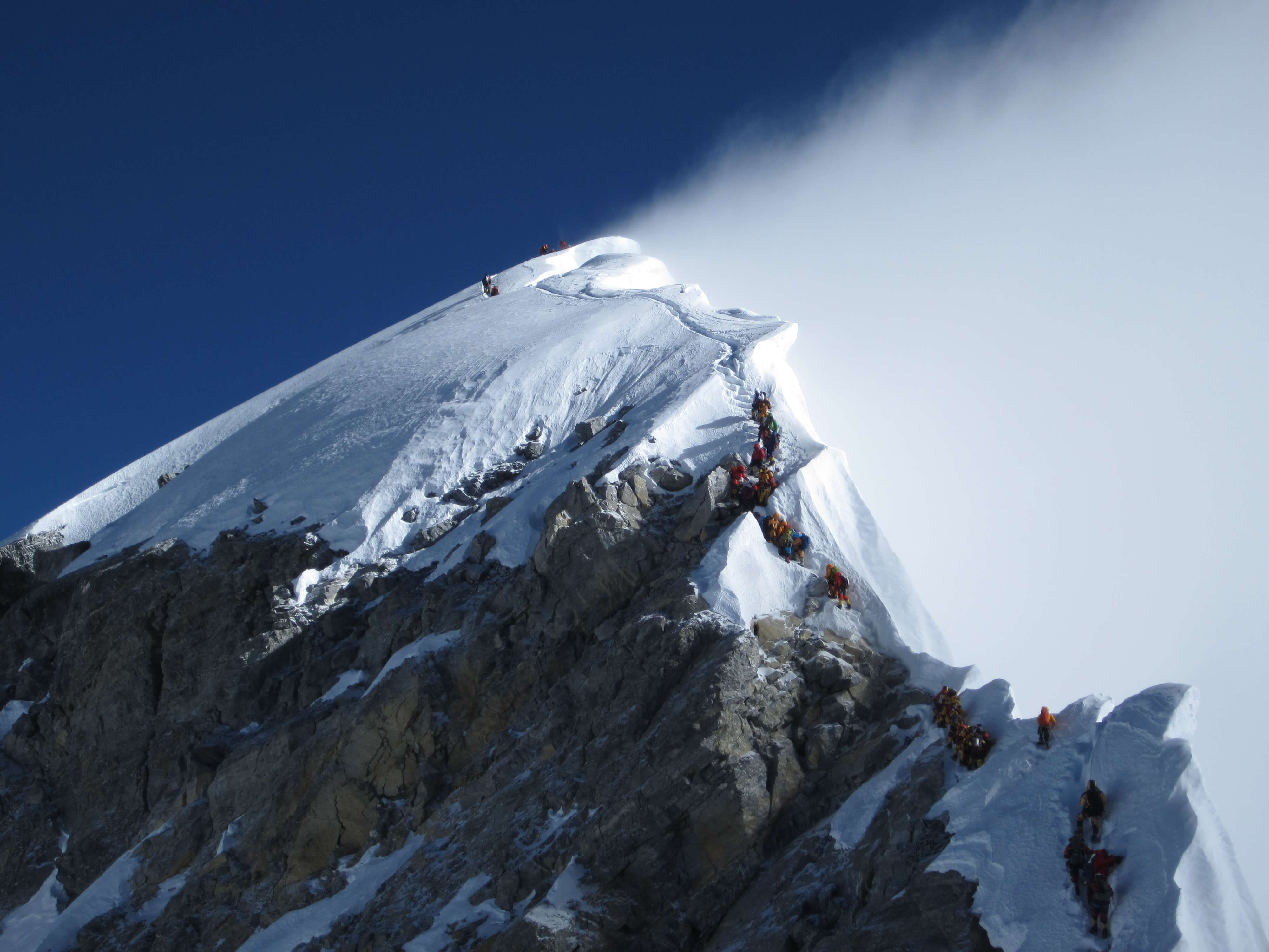 Mt Everest deserted on anniversary of 1st climb